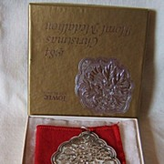 SALE '84 Towle Christmas Floral Medallion – Hawthorn