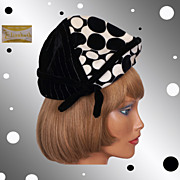 1960s Vintage Hat Conical Velvet Op Art Ladies Size S / M