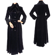 Vintage 1970s Black Velvet Maxi Coat by Irving Samuel Ladies Size Small
