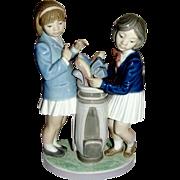 Boxed Vintage LLadro Figurine Golfers Tee Time 5675