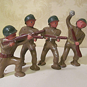 4 Barclay Metal Army Soldier Podfeet Figures