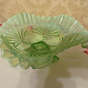 Jefferson Beaded Fan Green Opalescent Footed Crimped Ruffled Bowl