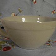 Fire King Ivory Batter Bowl, EX