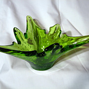 Vintage Alta Glass Controlled Bubble Tricorn Vase