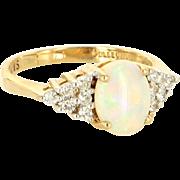 Vintage 14 Karat yellow Gold Opal Diamond Cocktail Ring Fine Estate Jewelry
