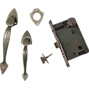 Complete Antique Welch Hammered Arrow Thumb Latch Set with Lock