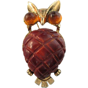 Vintage BAKELITE wise old OWL brooch pin