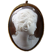 14K Gold High Relief Shell Cameo Pendant