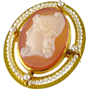 Vintage 10K Gold Hard Stone Cameo Brooch / Pin / Pendant with Seed Pearls Of Paris