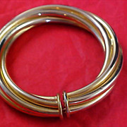 SALE RETRO - Twisted LOVE KNOT Bangle in Two Shades of Yellow Gold Plate