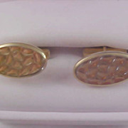 "SALE Circa 1940-1950's Gold Plated ""Waffled Design"" Cuff Links"