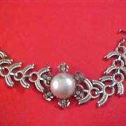 SALE Massive Simulated PEARL Cabochon & Diamante Silver Tone Link Bracelet