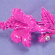 SALE Hot PINK ~ All Metal LILY & Simulated PEARL Brooch/Pin