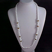 SALE MIRIAM HASKELL ca. 1969 White MIlk Glass Ornate Beads Necklace