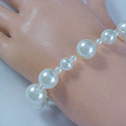 SALE FABULOUS Sim GLASS PEARLS ~Expandable Bracelet ~ Three Sizes Pearls in mm