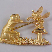 SALE Gold Plate Figural FROG & BUMBLE BEE  Trademarked JJ Brooch