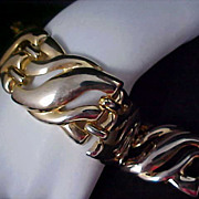 SALE DRAMATIC Open Design Gold Plate Large Link Bracelet