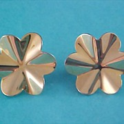 SALE Floral GilT  Gold Clip Earrings
