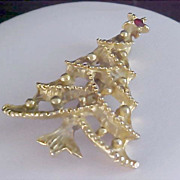 SALE 1940'S Gold Plate  Red Rhinestone CHRISTMAS TREE Brooch