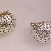 SALE Beautiful Filigree Open Design Silver Plate BUTTON  Clip Earrings