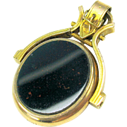 10k gold Victorian buckle flip fob pendant with hardstone agate