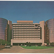 Hyatt Regency Square O'Hare International Airport Chicago IL Vintage Postcard