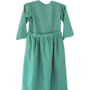 Vintage Green Amish Dress/Apron for Young Girl, Midwest