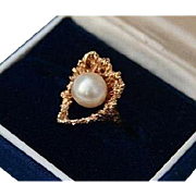 SALE 14K Modernist Heart with Cultured Pearl Solid Yellow Gold Ring Size 5.5