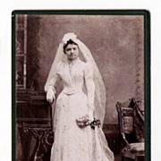 19th Century Cabinet Card - Beautiful Young Bride