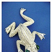 REDUCED Vintage MONET Super Textured Frog Pin