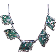 08 - Pretty Confetti Lucite Necklace - Deep Green, Silvertone