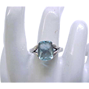 Gorgeous Sterling Silver Ring with Aquamarine Stone - size 8 1/2