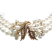 Lovely Faux Pearl Choker Style Necklace - Beautiful Centerpiece