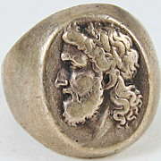 Silver Cameo Ring French