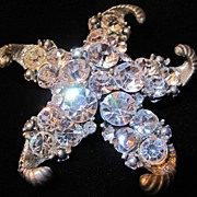 Wonderful Starfish Brooch with Rhinestones