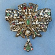 Stomacher, Brooch, Austro-Hungarian, Early Victorian, Emeralds, Pearls, and Garnets