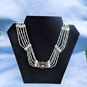Victorian Seed Pearl Necklace Verre Eglomise, 18 K clasp