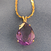 Pear shape amethyst pendant 14k yellow gold