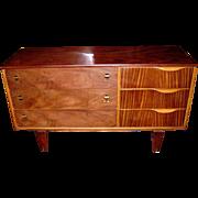 c1960 Stanley Mid-Century Modern Teak & Rosewood Chest of Drawers In Style of Arne Vodder