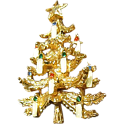 ART (Signed) Christmas Tree Brooch with Candles