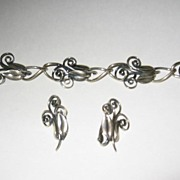 Napier Silver Plate Leaves and Tendrils Bracelet and Earrings