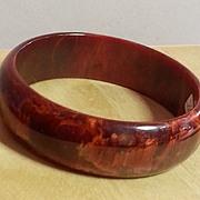 Dark red marbleized rounded table BAKELITE bracelet 1930's