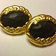 KL Karl Lagerfeld CHIC black/goldtone earrings