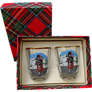 Shot Glasses Pair Scottish Bagpipe Players  Vintage Barware