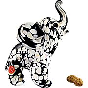 Archimede Seguso Murano Glass Elephant with Bianco Nero Finish and Label