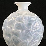 "René Lalique Opalescent and Blue Stained ""Ormeaux"" Vase"