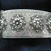 Fabulous English Victorian Cuff Bangle Birmingham 1882