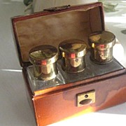 Vintage Leather Perfume Three-Bottle Holder  AS IS