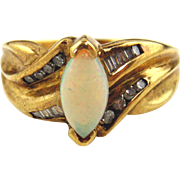 Opal & Diamond Ladies Ring 10kt Yellow Gold