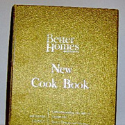 REDUCED Cook Book - Better Holmes & Gardens